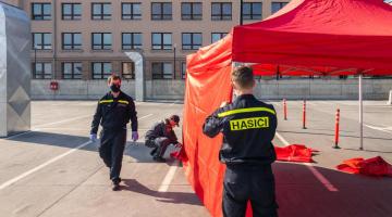 Fakultní nemocnice Olomouc otevírá od 21. 3. odběrové místo pro vyšetření COVID-19
