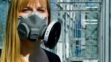 Odborníci z ČVUT vyvinuli ochrannou masku proti COVID-19, testovat ji bude Fakultní nemocnice Olomouc