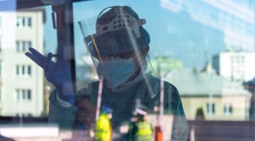 Vojenská nemocnice provádí vyšetření COVID-19 nejen samoplátců, nýbrž také indikovaných pacientů