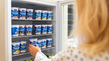 Mlékárna Olma doplňuje jídelníček maminek v porodnici. Jogurty dodává zdarma