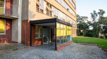 Fakultní nemocnice Olomouc otevřela další odběrové místo pro vyšetření COVID-19