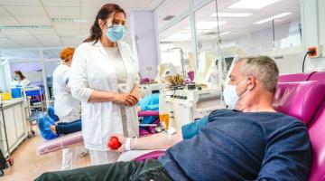 Dárcovství krve v čase pandemie? Ve FN Olomouc klesl počet odběrů i aktivních dárců